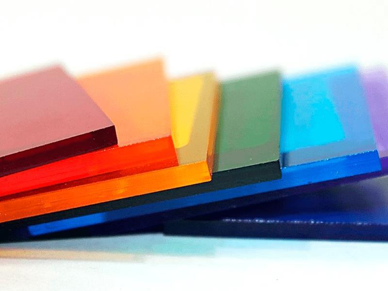 Цветной монолитный поликарбонат фотографии