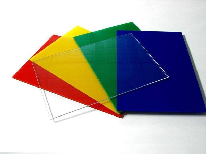 Монолитный поликарбонат 4 мм
